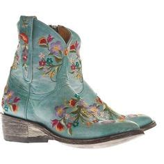 9 horses detected in american home decor estately blog 1000 images about cowboy boots on pinterest old gringo