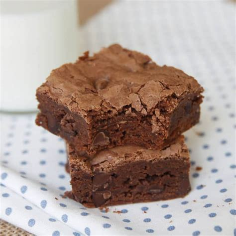 Brownies Fudgie Chocolate fudgy brownies with chocolate chips