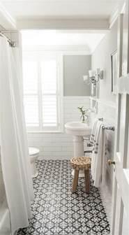 indogate salle de bain turquoise et bois
