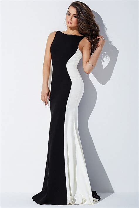 Bw Dress open back black and white prom dress with plunging back
