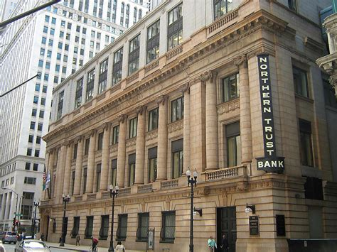 glass door us bank wealth management associate northern trust bank building northern trust office