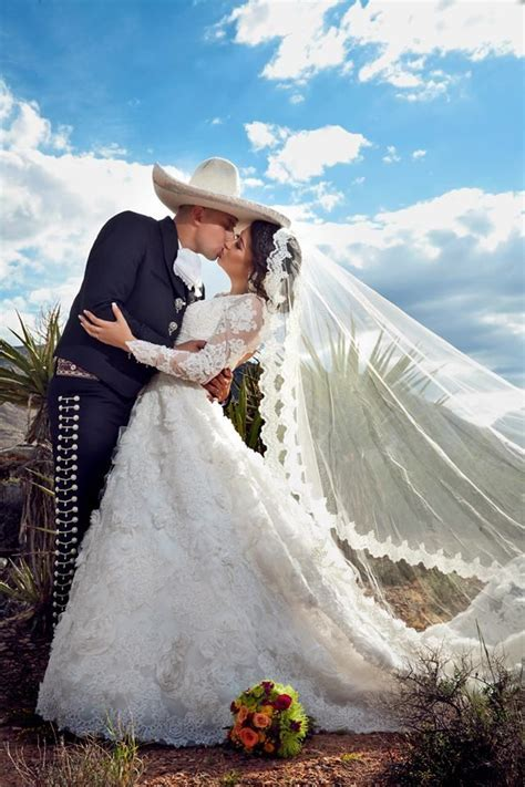 Best 20  Mexican Weddings ideas on Pinterest   Mexican