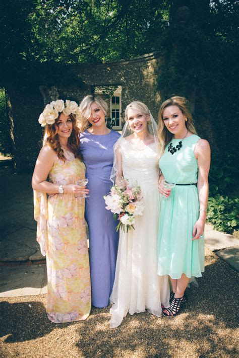 Our English Summer?s Day wedding at Pashley Manor ? Amy