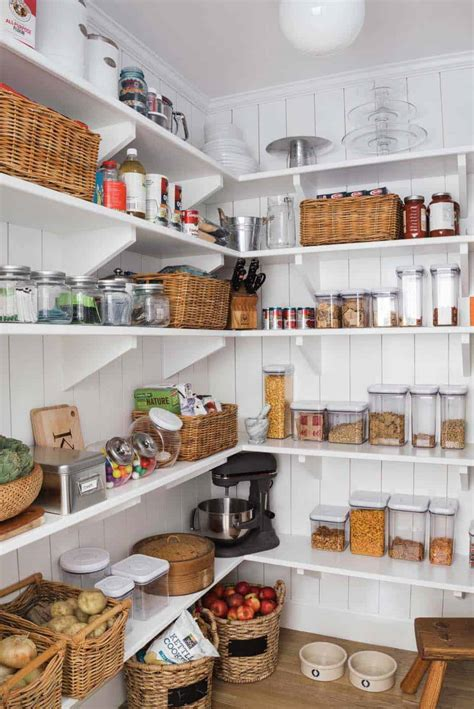 clever farmhouse style kitchen pantry ideas