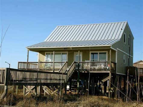 oak island nc house rentals best 25 oak island rentals ideas on oak island rentals oak island