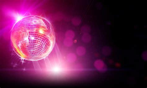 Prestation DJ pour votre mariage, anniversaire, bal, fêtes de village. Sono pour thé dansant