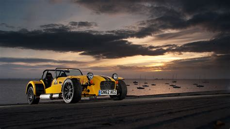 Caterham Car Wallpaper Hd by 5 Caterham Supersport R Hd Wallpapers Background Images