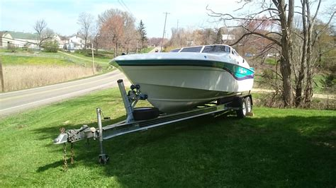 wellcraft boat rub rail wellcraft 23 nova scarab with polished aluminum trailer