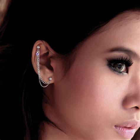 bijou chaine pour l oreille acier 316l reliant lobe et
