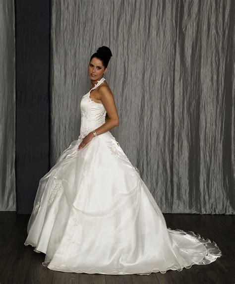 Brautkleider Duchesse Stil by Brautkleid Mit Neckholder Hochzeitskleid Duchesse Stil