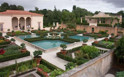 Innenhof Gestalten Beispiele by Gartengestaltung Beispiele Mit Italienischem Flair