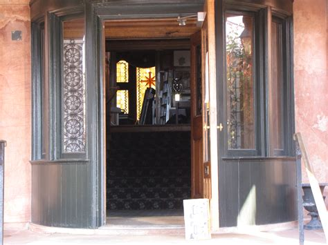 Open Front Door File Fraser Mansion With Front Door Propped Open Jpg Wikimedia Commons