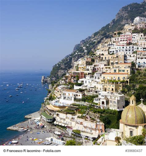 Colorful Beach Houses Positano Italy The Picture Perfect Cliff Town In The