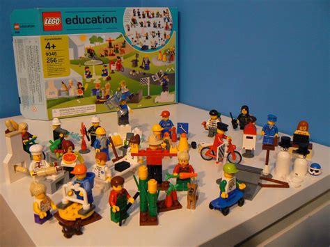 Sajadah Mini Set 2 lego 9348 community mini figure set i brick city