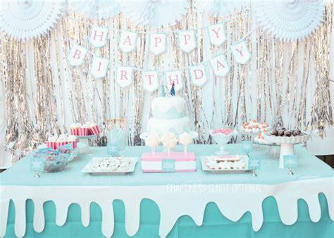 Frozen Table by Frozen Birthday