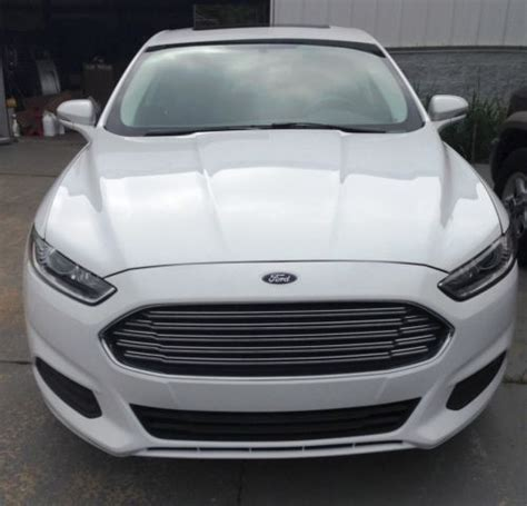 2014 ford fusion se 2 5 l automatic find used 2014 ford fusion se 4 door 2 5l 11k mi sunroof