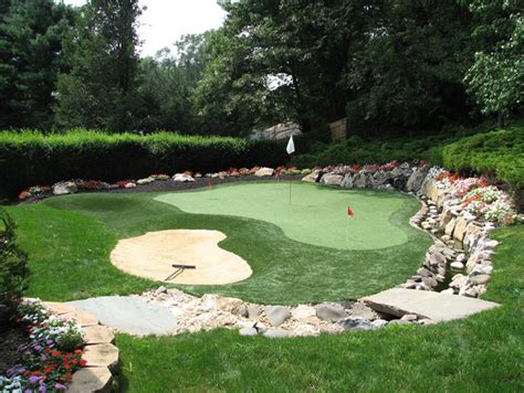 backyard putting greens best 25 home putting green ideas on pinterest outdoor