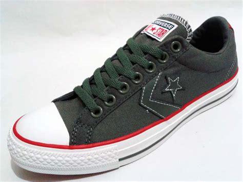 Sepatu Converse By Elo Sport sepatu converse player ev ox charcoal gudang