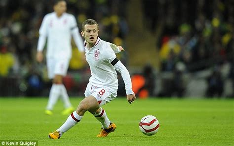 arsenal deny wilshere will miss a further six weeks