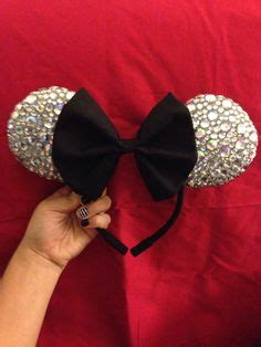 How To Make Mickey Mouse Ears With Construction Paper - disney crafting on disney shirts mickey