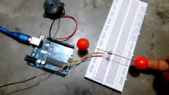 earthquake vibration earthquake detector using arduino and piezo vibration