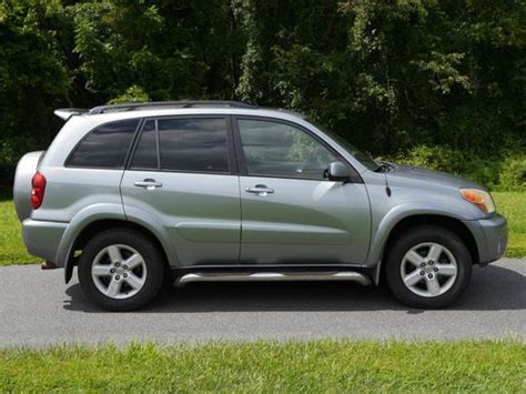 Used Toyota Rav4 For Sale In Maryland Buy Used 2005 Toyota Rav4 L Sport Utility 4 Door 2 4l With