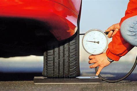 Luftdruck Auto by Ratgeber Luftdruck Bilder Autobild De