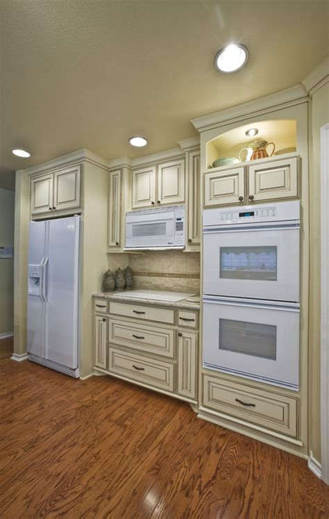 white kitchen appliances coming back are white appliances a come back in popularity