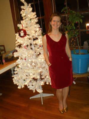 mollys sewing  garage sale adventures red velvet dress
