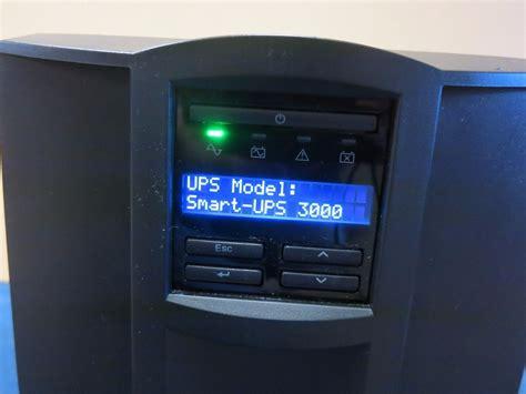 Apc Ups Smt3000i apc smart ups 3000va 2700w tower ups lcd display 230v