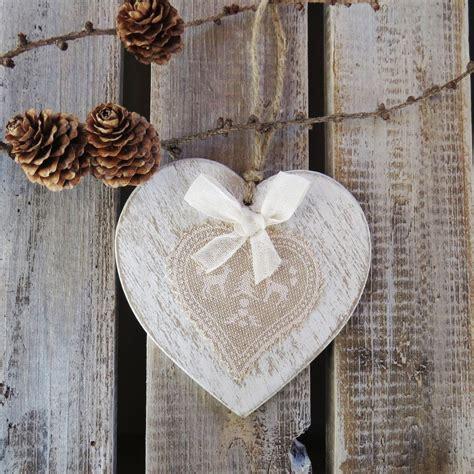 addobbi natalizi da appendere al soffitto cuore in legno shabby chic decorazione natalizia da