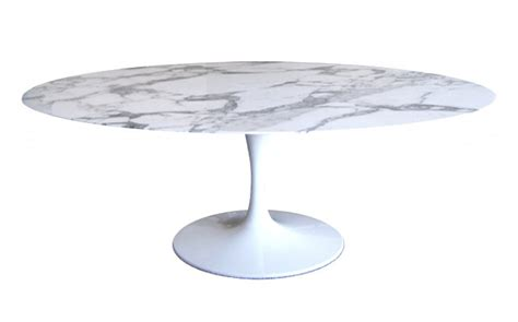 Eero Saarinen Table by Eero Saarinen Tulip Oval Dining Table Bauhaus Italy