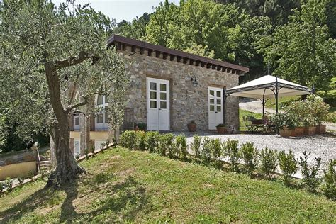 cottages in tuscany visitsitaly tuscany villas houses and apartments