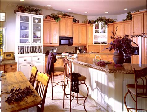 Mixed Wood Kitchen Cabinets Country Kitchen Gallery Country Farm Style To Comfortable Cozy