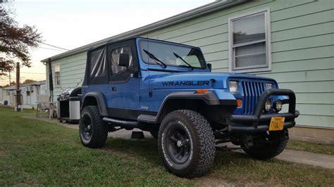 paris jackson jeep jeep wrangler old blue drivn