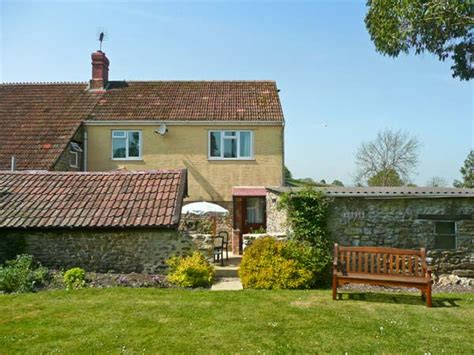 Cottages To Hire In Dorset by Sockety Farm Cottage In South Perrott This Semi Detached