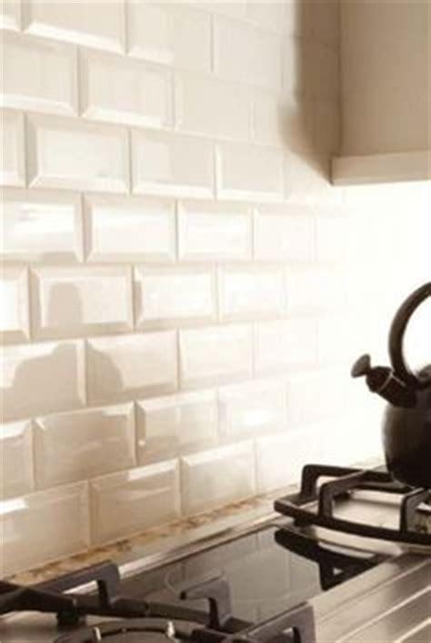 off white subway tile backsplash diy beveled subway backslash kitchen decor pinterest