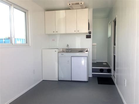 20' Shipping Container Tiny Home   ContainerAuction.com