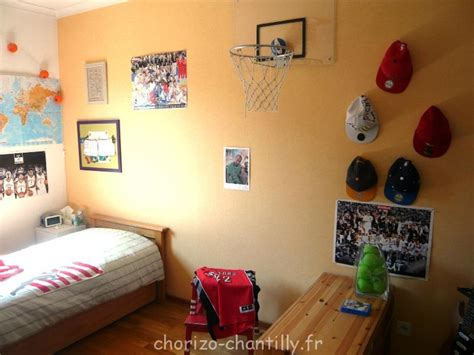 petit panier de basket pour chambre relooking chambre ado avant apr 232 s chorizo chantilly