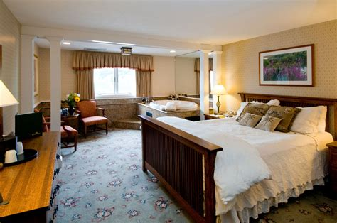 hotels in maine with in room meadowmere resort ogunquit maine hotel in ogunquit maine room suite accommodations