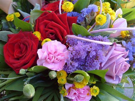 mazzo di fiori foto foto gratis fiore mazzo di fiori primavera immagine