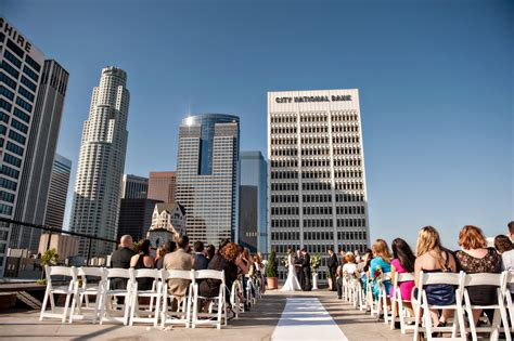 rooftop weddings in los angeles ca los angeles rooftop wedding ceremony elizabeth