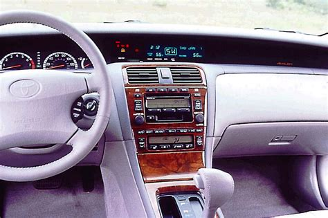 car engine manuals 2004 toyota avalon interior lighting 2000 04 toyota avalon consumer guide auto