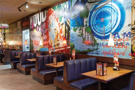 restaurant wall murals t g i friday s restaurant in las vegas nv the orleans