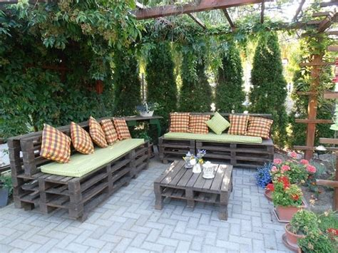 Creative Backyard Ideas 39 Outdoor Pallet Furniture Ideas And Diy Projects For Patio