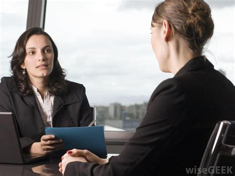 what is a loan officer with pictures
