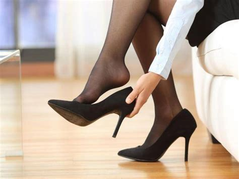 heels firm books government rejects change on bosses forcing to