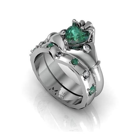 claddagh ring band sterling silver synthetic emerald