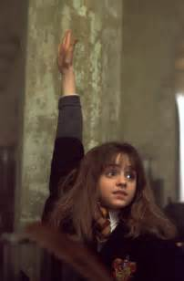 harry potter hermione hermione rasing her hand harry potter movies photo 16644488 fanpop