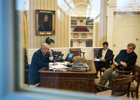 where in the white house is the oval office should we care what steve bannon wears in the oval office